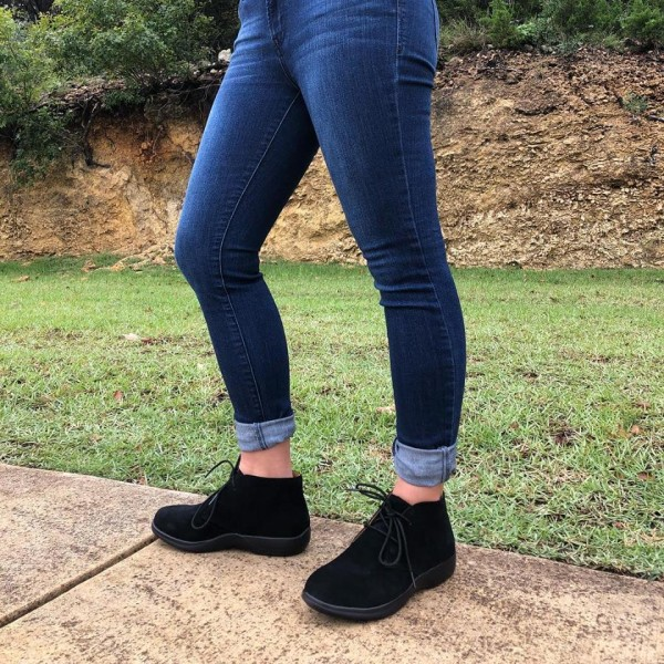 buy \u003e women's chukka boots on sale, Up